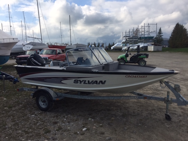 2012 Sylvan DC bow rider fishing boat with 60Hp etec and trailer